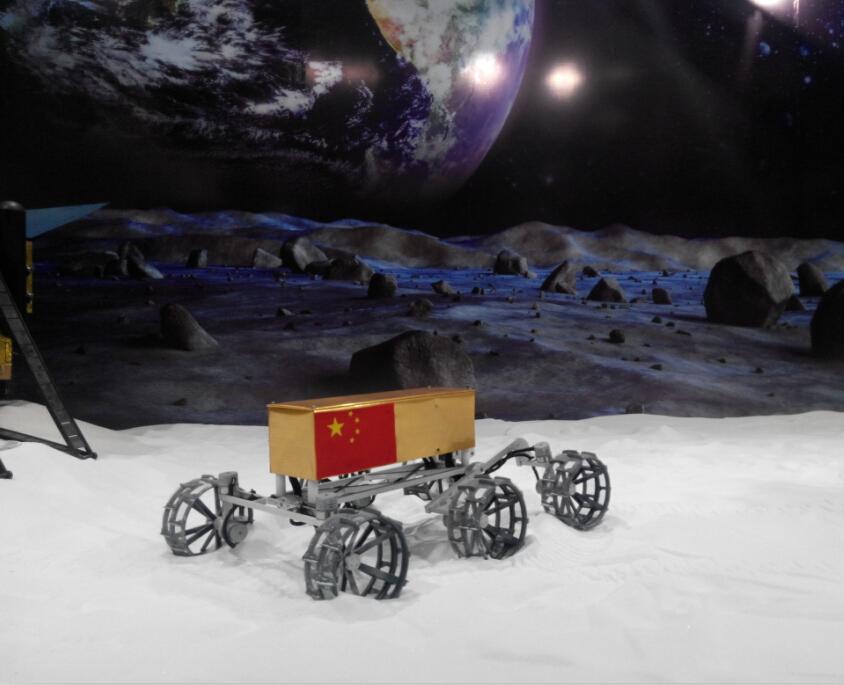 月面巡视车模型
